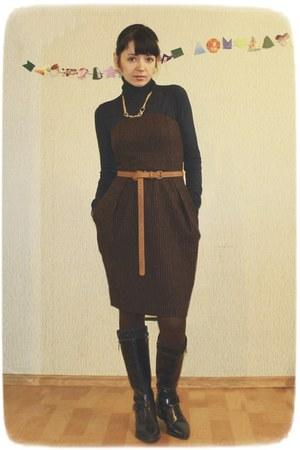 dark brown wool strip Oggi dress - teal viscose Mango sweater
