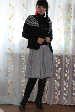 black wool GSET cardigan - silver chain and beads DIY accessories