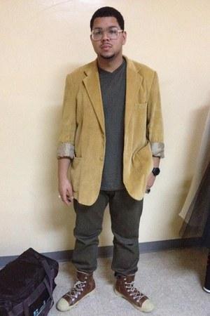 Converse boots - John Blair blazer - Mossimo shirt - Levis pants