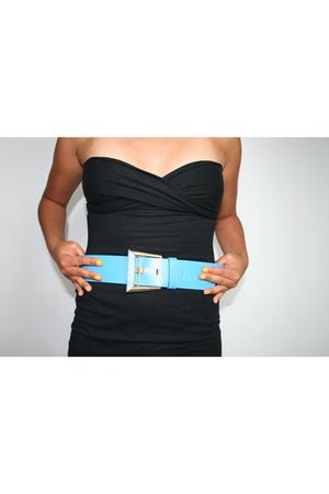 Vintage Baby Blue Belt