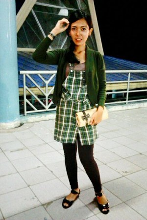 black French Connection shoes - forest green overall tartan dress - crimson Logo