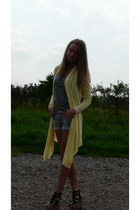 light yellow cardigan - heather gray H&M shorts - heather gray H&M t-shirt