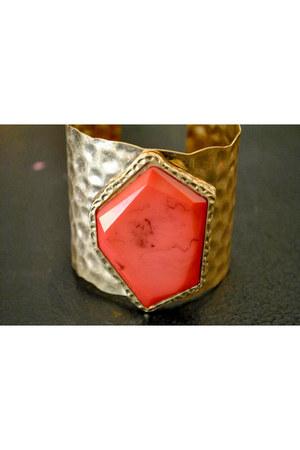 cuff bracelet bracelet