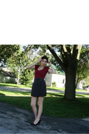 gray thrifted skirt - red Charlotte Russe shirt - gold Forever 21 necklace