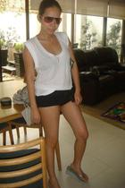 white LnA t-shirt - black Terranova shorts - silver havainas shoes - silver Tiff