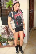 gray H&M Kids t-shirt - black Terranova shorts - gray Alexander McQueen scarf -