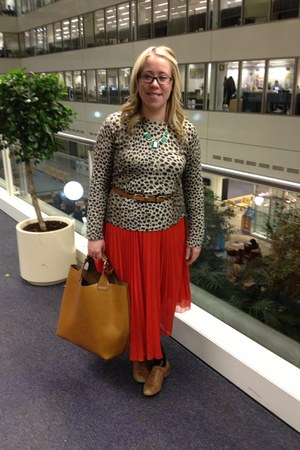Zara bag - Accessorize necklace - whistles belt - silk pleated whistles skirt