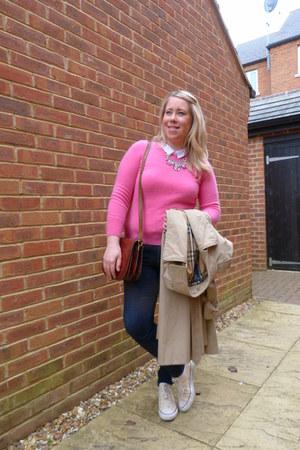 hot pink cashmere vintage jumper - camel trench Burberry coat