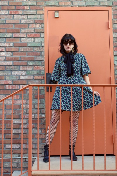 indigo girl Chinese Laundry boots - dress - fishnet tights
