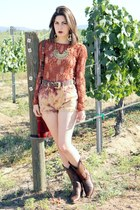 free people blouse - western Frye boots - shorts - retro Nasty Dress necklace