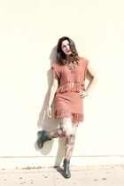 ankle ecco boots - egyptian leggings - fring skirt vintage suit