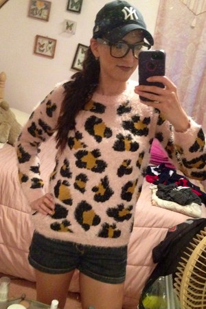 blue hat - light pink leopard print Forever 21 sweater