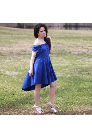 J Nina necklace - blue Meaneor dress