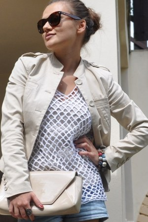 Mango bag - Stefanel jacket - camaieu sunglasses - Bandolera vest - Zara top