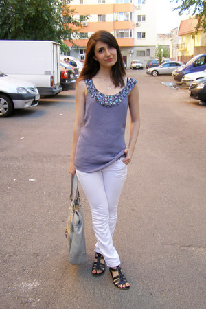 heather gray Nine West bag - white Rock&Republic pants