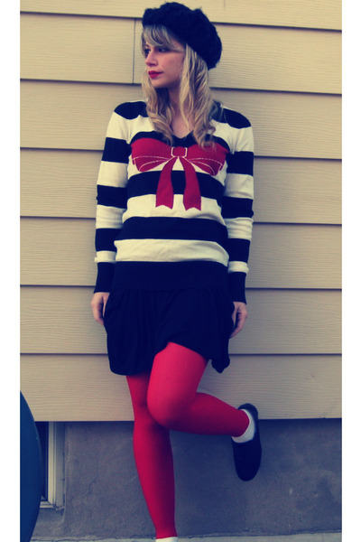 black oxfords thrifted shoes - black knit beret H&M hat - ruby red striped bow F