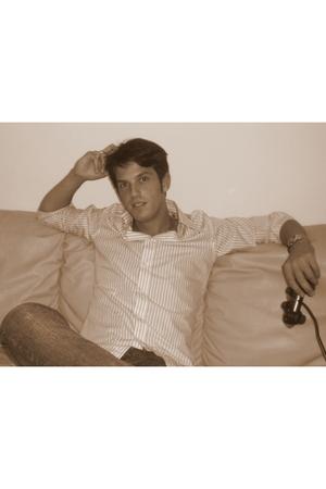 Marc Bay shirt - Edwin jeans - casio - Ugo Cacciatori
