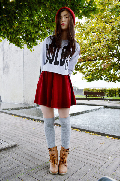 red asos skirt - tawny Pomme Passion boots - ruby red zipia hat