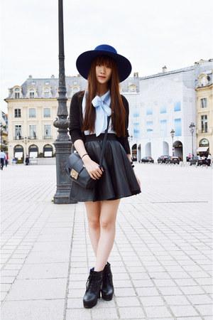 navy River Island hat - black asos skirt