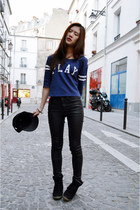 blue zipia t-shirt