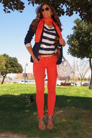salmon hm jeans - navy zara blazer - navy hm shirt - off white guess bag