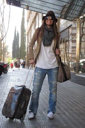 off white hm shoes - navy jack  jones jeans - light brown zara old jacket - dark