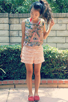 light pink tiered Wet Seal shorts - dark green muscle Urban Outfitters top