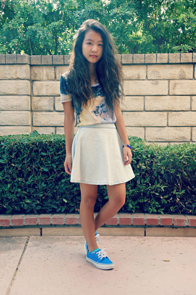 navy galaxy Urban Outfitters shirt - blue Vans sneakers