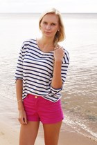 hot pink H&M shorts - navy Zara shirt
