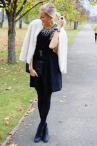 black H&M boots - black H&M top - black New Yorker skirt - white H&M cardigan