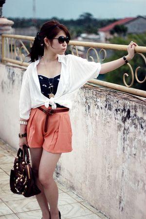 blue Zara top - brown balenciaga - white vintage blouse - brown Zara shoes - gol