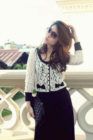 vintage blouse - vintage dress - Chanel purse