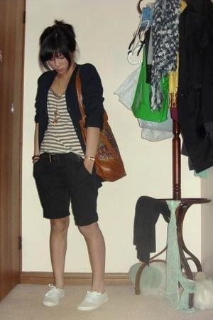 Sportsgirl top - bardot shorts -