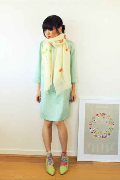ivory hand painted CrossWoodStore scarf - aquamarine silk Forever21 dress