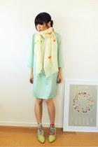 ivory hand painted CrossWoodStore scarf - aquamarine silk Forever21 dress