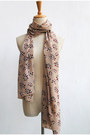 Light-pink-leopard-print-crosswoodstore-scarf