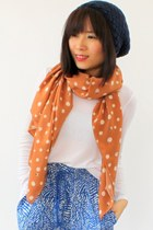 Polka-dots-crosswoodstore-scarf