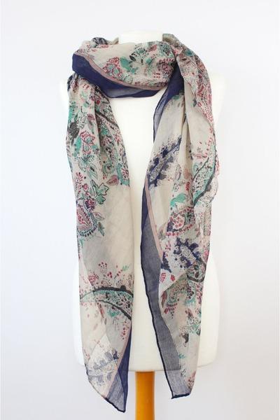 CrossWoodStore scarf