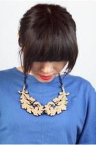 CrossWoodStore necklace