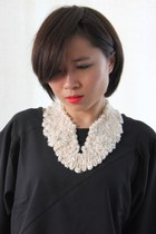 Mori Girl Large Cream Pearl Lace V Collar Necklace-CZ16