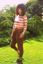 burnt orange tight Wood Wood t-shirt - dark brown cropped Forever 21 pants