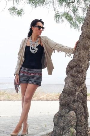 tan La Boheme blazer - black H&M shorts - dark brown Coqueta Portugal sunglasses