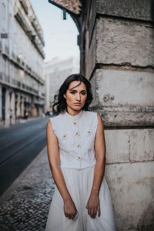 white otaduy vest - white skirt