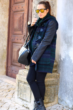 navy Zara coat - dark green RULYS sweater - black H&ampM leggings