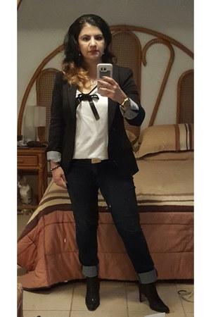 cuidado con el perro jeans - Zara jacket - homemade shirt - Dorothy Gaynor clogs
