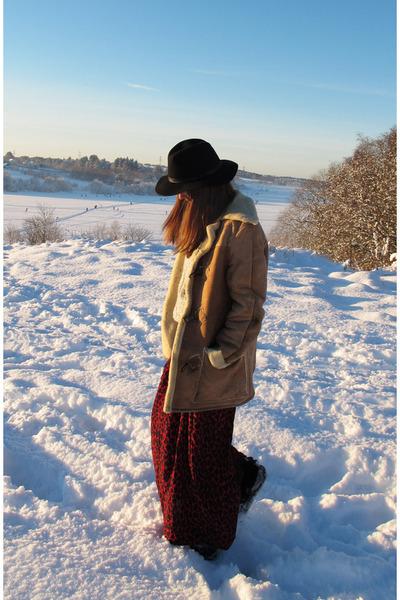 Maje dress - BikBok hat - second hand jacket - gestuz sweater