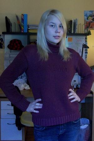 elle sweater - H&M jeans