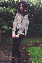 black Wallis boots - black River Island jeans - black Urban Outfitters hat
