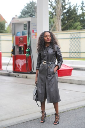 vintage coat - Zara shoes - Carven bag