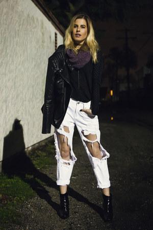 purple Zamrie scarf - Pierre Hardy boots - Urban Outfitters jeans